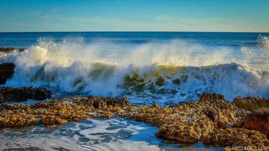 Amazing Atlantic Ocean Waves Photography  By Messagez.com