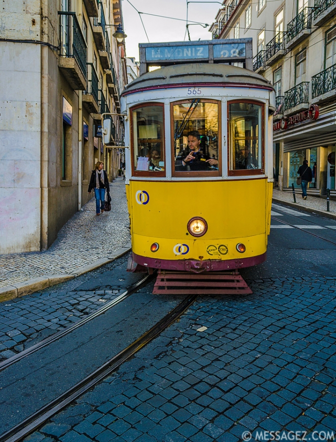 best-of-lisbon-tram-images-part-6a-photography-by-messagez-com_